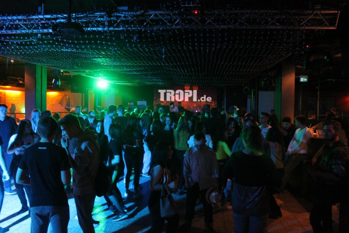 1. Jugendmachtwas-Party im Tropi erfolgreich